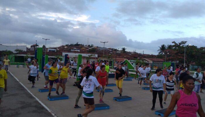 Academia da Saúde leva atividade física à população de Buenos Aires