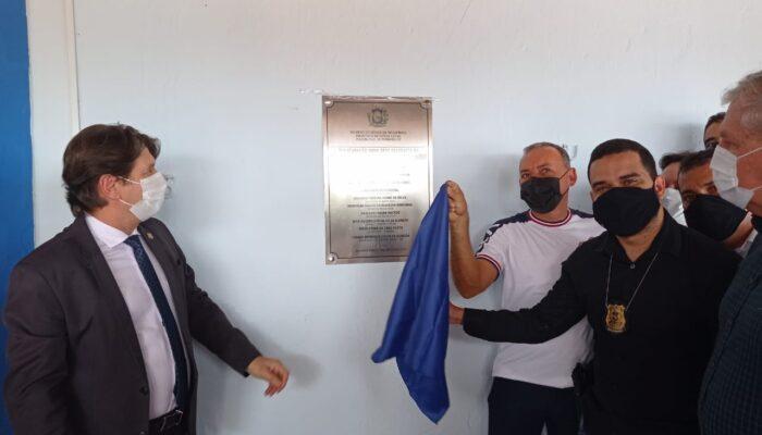 Nova sede da Delegacia de Polícia de Buenos Aires em solenidade de inauguração